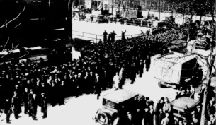 Thousands Seeking Jobs at Pabst Brewing Co. (Milwaukee Journal March 22, 1933)