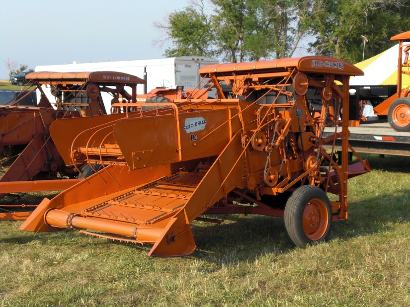 No. 10 Roto-Roto Baler at 2008 Orange Spectacular.