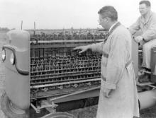 Examining Fuel Cells (Science Service)