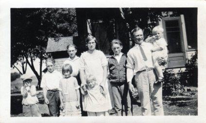 Arthur & Ella Frederick & Family Circa 1928